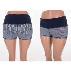 LULULEMON Boogie Short 6 Inkwell Gingham Hot Yoga
